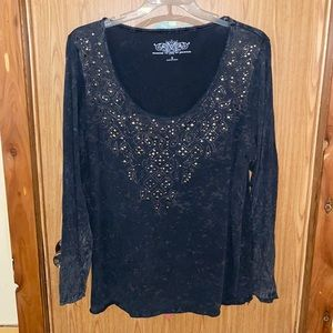 Woman's plus size Maurices distressed blingy long sleeve shirt size 3xl